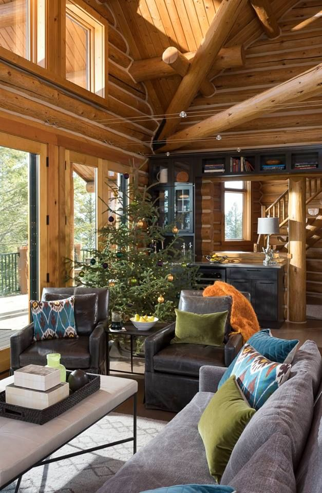 Still one of our favorite shots. This was a project a few years ago where we transformed this Montana home into a modern, mountain oasis. Stunning result. And the tree fits perfectly. 😉