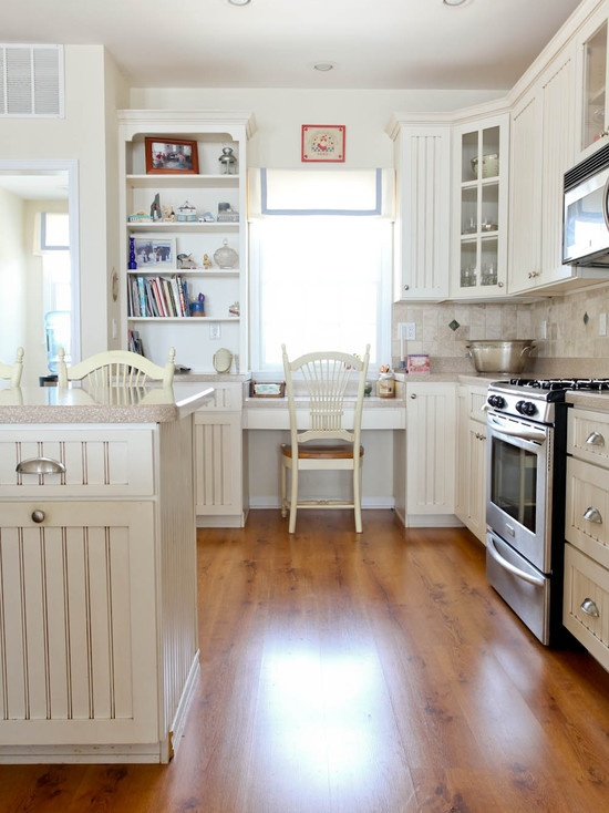78 best Decorating with hardwood laminate flooring! images on ...