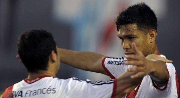 Teófilo Gutiérrez abrió la cuenta para el primer triunfo de River, en campeonato argentino.