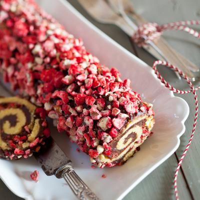 Bûche de Noël aux pralines roses