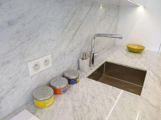 Les 25 meilleures id es de la cat gorie marbre de carrare for Plan de travail en marbre pour cuisine