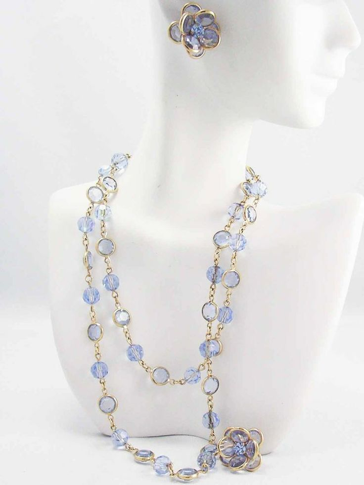 Vintage Swarovski Crystal CORN FLOWER BLUE Golden Bezel set Necklace & Earrings