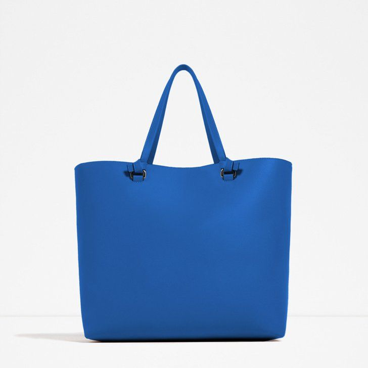 Stylish tote bags a woman's everyday necessity