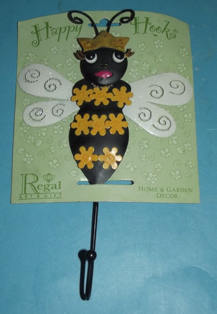 Happy Hooks Regal Bumble Bee Queen Hook Home Garden Decor Wall Art Gift