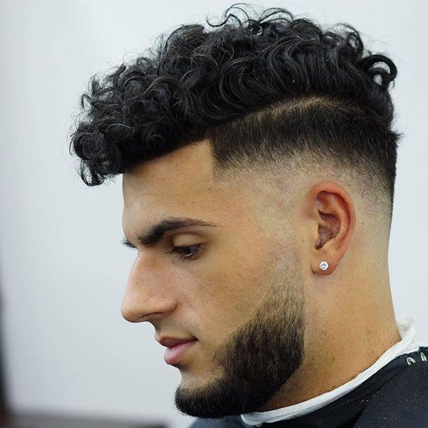 Curly Hair Fade Best Curly Taper Fade Haircuts For Men 2020 Guide Curly Hair Fade Curly Hair Styles Haircuts For Men