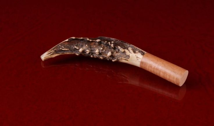 Natural horn tobacco rammer