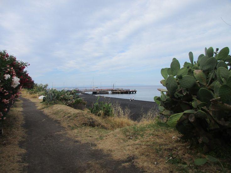 Tyrhénské moře - ostrov Stromboli - Itálie