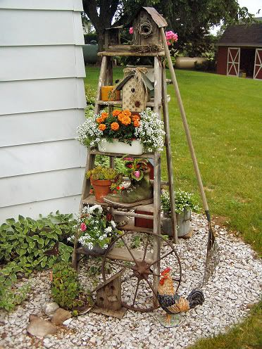 Great use for an old ladder...Birdhouses, Gardens Ideas, Wooden Ladders, Plants Stands, Old Ladders, Cute Ideas, Outdoor, Flower, Yards
