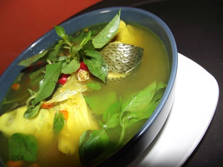 Palu Mara is a fish soup that originally comes from Makassar,south sulawesi, Indonesia. The main ingredient of the soup is milk fish