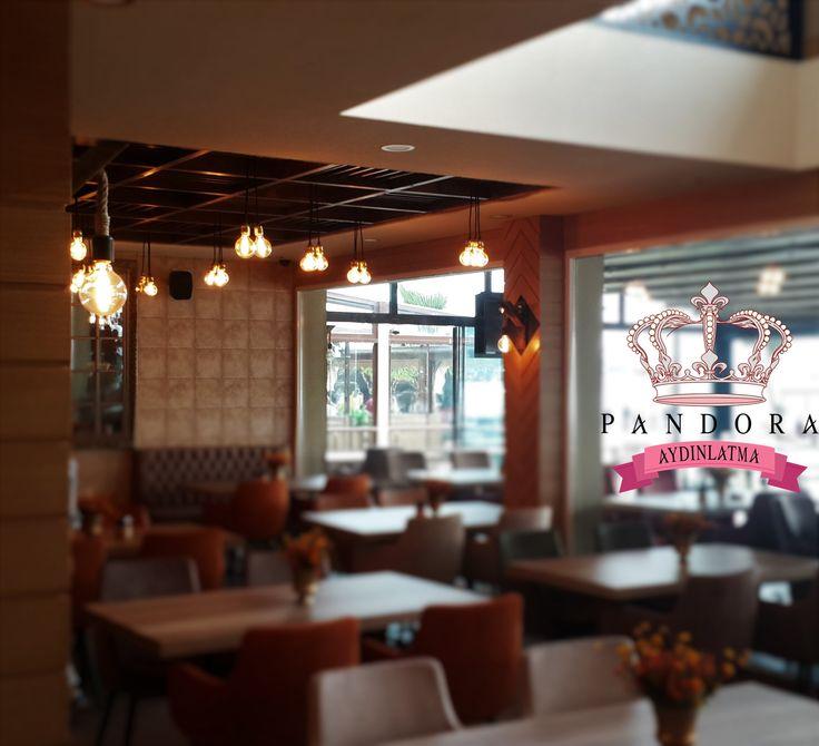 Pandora Aydınlatma markasını ve kalitesini seçen Pastell Cafe Bistro şıklığın ve zerafetin Karadeniz Ereğli ' deki durak noktası olmuştur. Ahşap masalar, sandalyeler, mobilyalar, aynalar ve aydınlatma ürünlerinin birçoğu özel üretim olup Pastell Cafe Bistro için tasarlanmış ve konsept oluşturmuştur. Fiyat ve ürün bilgisi için satis@pandoraaydinlatma.com 'a mail atabilirsiniz ya da 0212 297 0296 numaralı telefonu arayabilirsiniz. #decorations