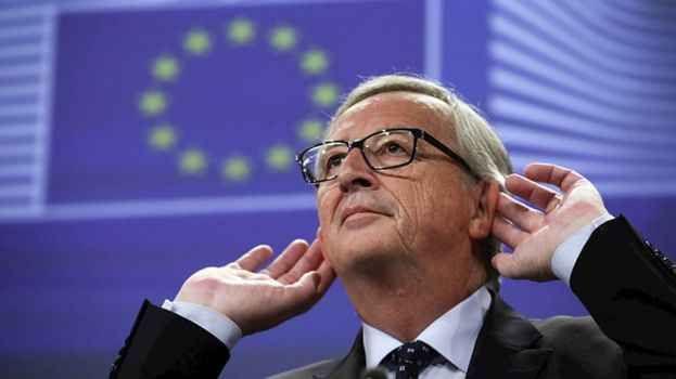 """Gli stati UE insultati da Junker, """"sono tutti ignoranti"""" """"Le nuove ambizioni nella politica di difesa - ha detto Juncker, durante la plenaria del Comitato Economico e Sociale Europeo a Bruxelles - non hanno alcun senso se noi siamo bloccati dall'unanimità  #ue #junker #italyexit"""