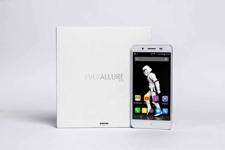 Avec ses performances incroyables & son design haut de gamme et son écran Amoled, l'EverAllure est simplement un Smartphone incroyablement séduisant!