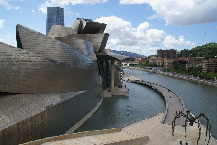 Artikel Guggenheim Museum Frank Gehry Bilbao