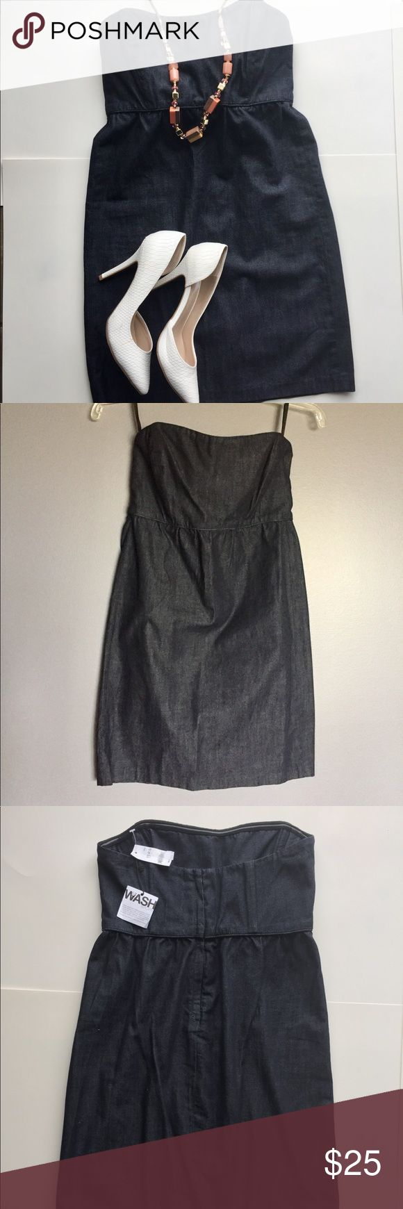 GAP Blue Mini Tube Denim Dress size 0 Elegant GAP mini tube denim dress. Size 0. Easy to look very chic in this dress with heels or flats and the right accessories. Bundle and save! GAP Dresses Mini