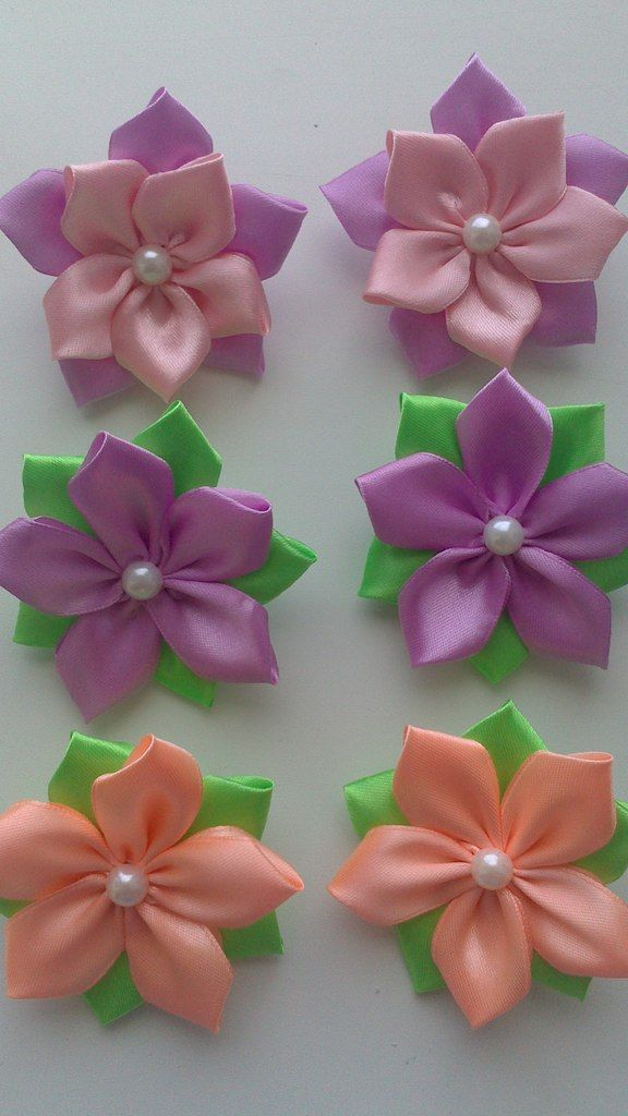 Ideas for handmade - A traditional Japanese female ornaments kanzashi (15 pictures). More ideas: http://wonderdump.com/ideas-for-handmade-a-traditional-japanese-female-ornaments-kanzashi-15-pictures/