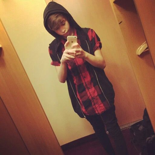 Leondre from bars and melody