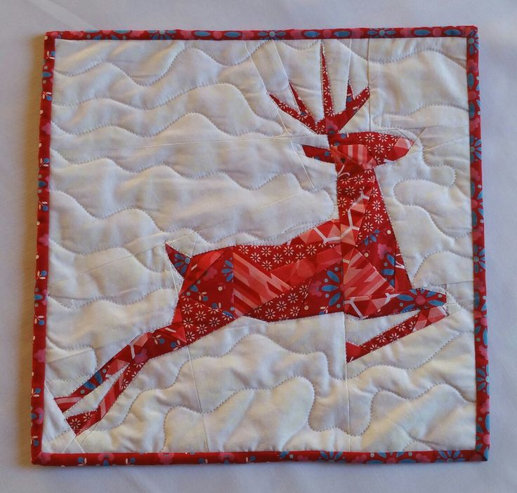 I participated in a instagram swap #quietplayswap and my partner wanted christmas theme mini so i made the reindeer pattern from Quiet Play