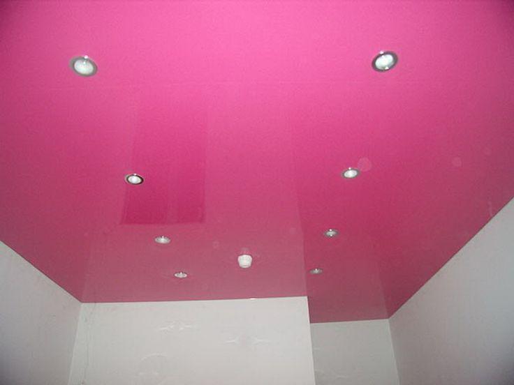 Натяжной потолок в гостинную 18 кв.м