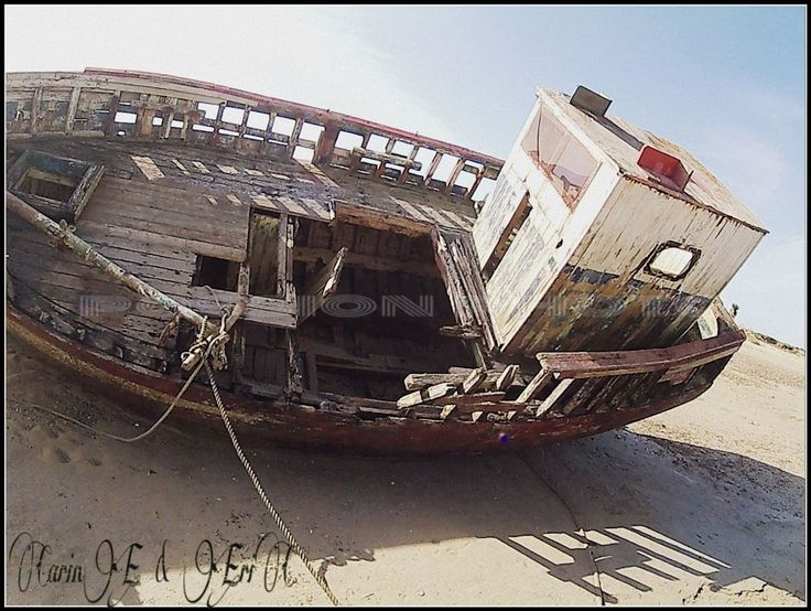 fisching boat by ERIC VILLEY-et-Carine...ARTISTE PHOTOGRAPHE