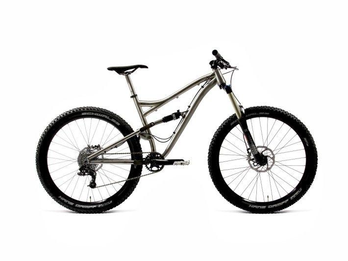 Kingdom Bike Hex - 27.5 AM titanium goodness! #flow #titanium #allmountain #bikeporn http://kingdombike.com/en/ti_bike/2015-hex