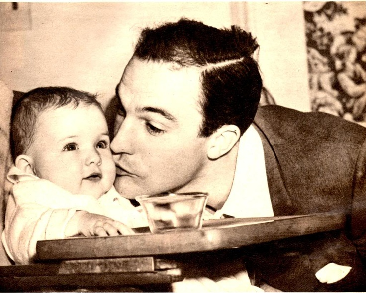 Gene Kelly and baby Kerry