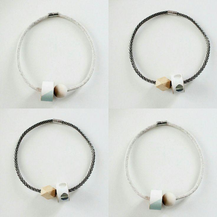 1001 necklace: cavi elettrici e legno per un effetto wow!