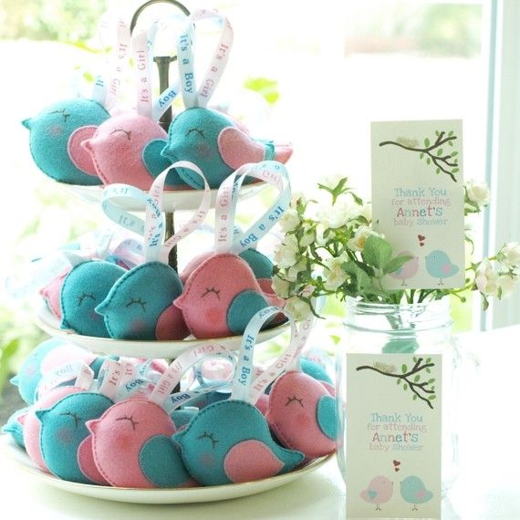 felt party favors - hurry up and need a baby shower @Marie Went lol