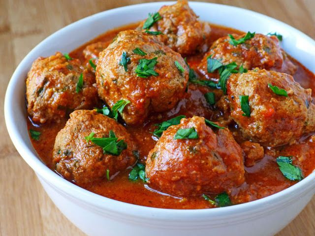 http://cookingweekends.blogspot.co.nz/2013/02/meatballs-with-pecorino-romano.html