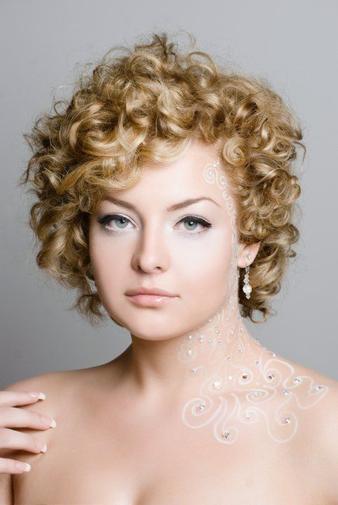 95 best Curly hair styles images on Pinterest   Curly hair, Short ...