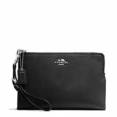 MADISON LARGE POUCH WRISTLET IN LEATHER - 128.