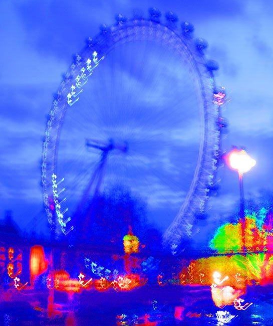 The London Eye and La Grande Roue de Paris Ferris Wheels