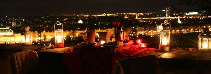 Romantic things in Prague: a romantic surprise for your lover - NOT ONLY FOR TWO:) They can also prepare a romantic evening for a couple with a little kid.