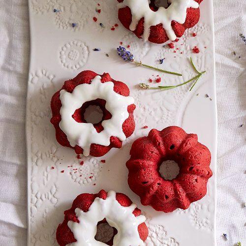 Mini+Red+Velvet+Bundt+Cakes+++-+The+Pampered+Chef® www.pamperedchef.biz/suellenjohnson