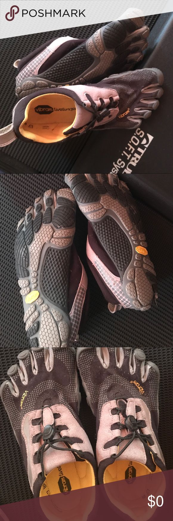EUC barely used VIBRAM FIVE FINGERS running shoes Used 2x on treadmill. Size 37, like a 6 1/2. Vibram Shoes Athletic Shoes