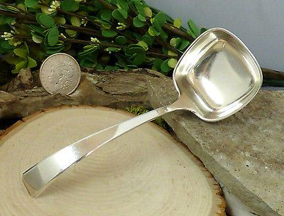 Vintage-Towle-Sterling-Silver-039-Craftsman-039-Pattern-Gravy-Ladle-No-Monogram