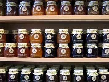 Aus der Felsenbirne lässt sich leckere Marmelade herstellen. (Stock.XCHNG / Andrea Marzocchi)