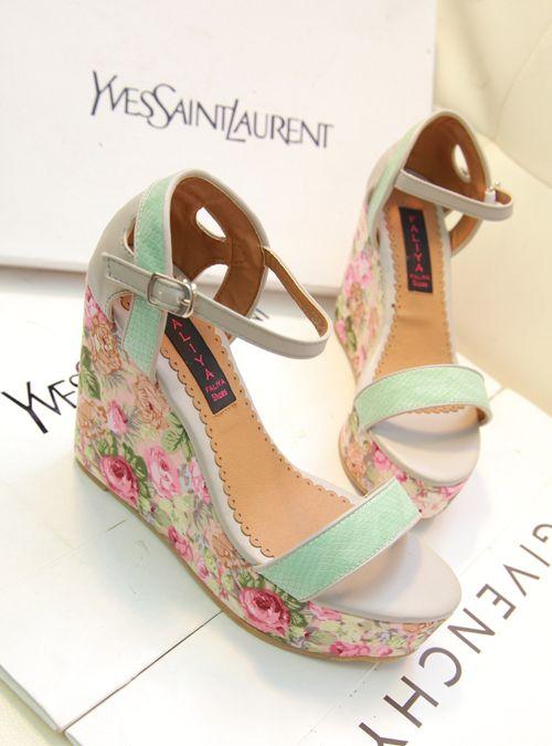 Корейская версия супер красивых старинных цветочные обувь склона с водонепроницаемыми высокие каблуки дамы сандалии 2013 новый богемный - Та ...
