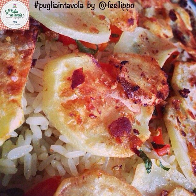 Ed ecco un altro dei piatti della tradizione della #Puglia: 'Patate, riso e cozze' #italiaintavola #pugliaintavola #traditionalfood #italianfood #italiarecipe