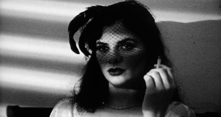 femme3.jpg 720×382 pixels