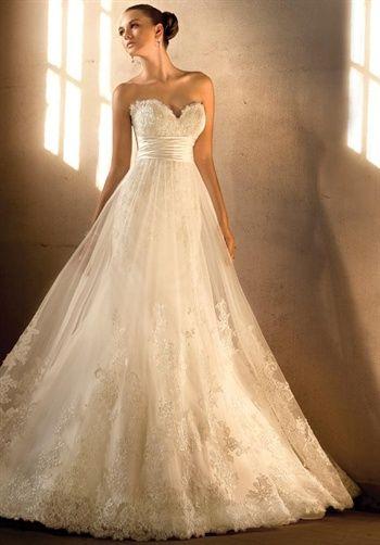 .Ideas, Wedding Dressses, Dreams, Vintage Lace, Gowns, Australia, Bridal Boutique, The Dresses, Sweetheart Neckline