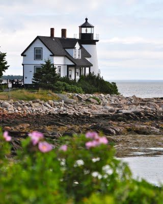 (via Maine Lighthouses and Beyond: Prospect Harbor Point Lighthouse Revisited)