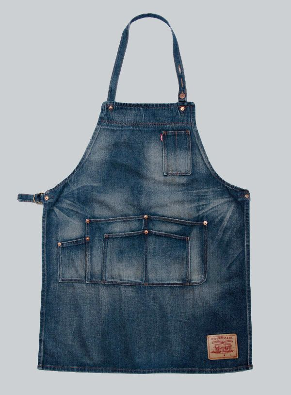 Levis denim work apron, workwear with room for carrying tools and equipment. #denim #workwear