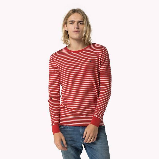 Por el Día del Padre, regala las mejores marcas. Él se lo merece :)  Con este estupendo jersey de Tommy Hilfiger no fallarás ;)  #hombre #papá #díadelpadre #regalos #regalo #tiendaonline #moda #tendencias #tommyhilfiger
