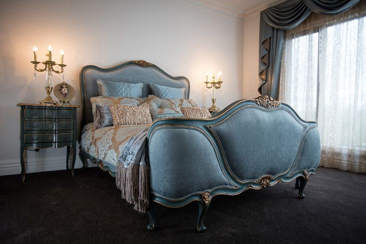French Style Queen Bed - Gold Detailing