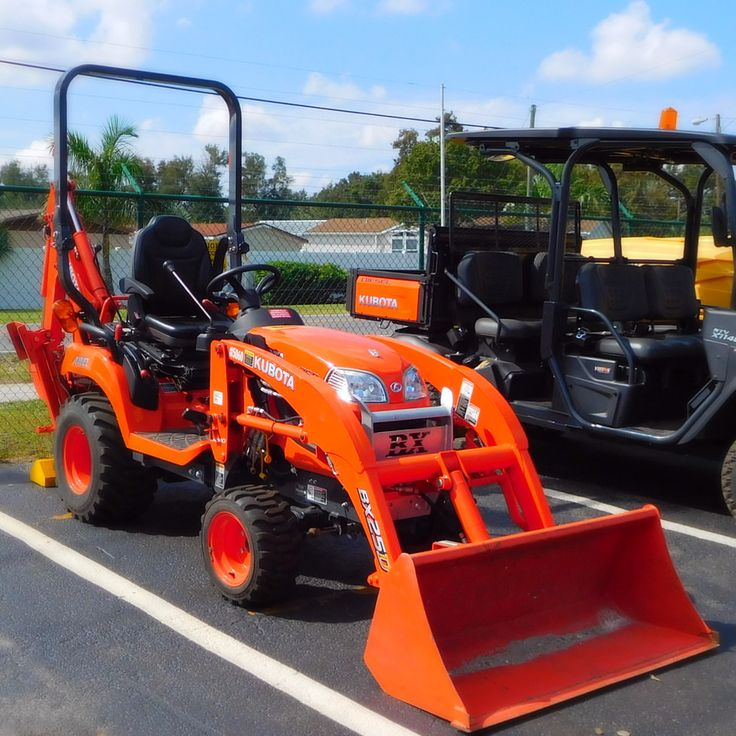 Need a sub-compact tractor? Rentalex has a wide range of quality excavating and earthmoving equipment tool rentals such as our Kubota BX25D Backhoe Tractor perfect to help you get the job done from mowing the lawn to a complete landscape makeover. The Kubota BX25D backhoe tractor loader provides the durability, stability, and strength you need for heavy-duty implement work. Call Rentalex today at (813)971-9990 to get a quote! We offer pickup and delivery services for short and long rentals.