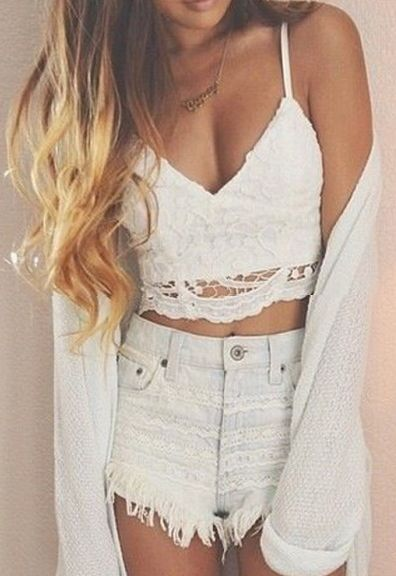 So Angellic Lace Crop-Top