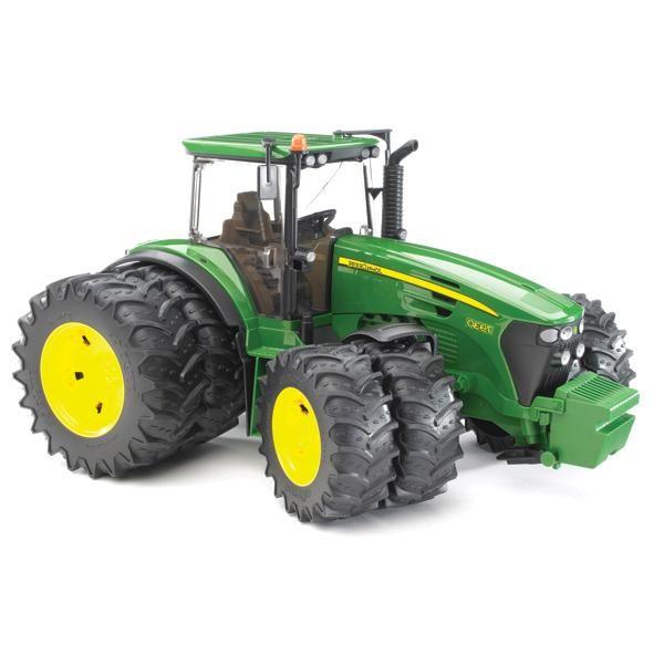 Bruder Трактор John Deere 7930 с двойными колёсами