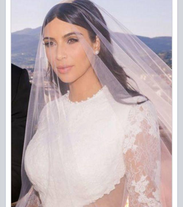 123 best Kim Kardashian Weddings images on Pinterest   Hochzeiten ...