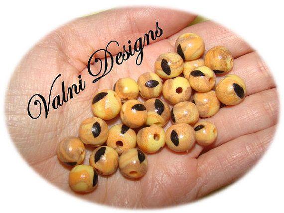 22 Perles Fait à la main en Porcelaine Froide par ValniDesigns, $2.20