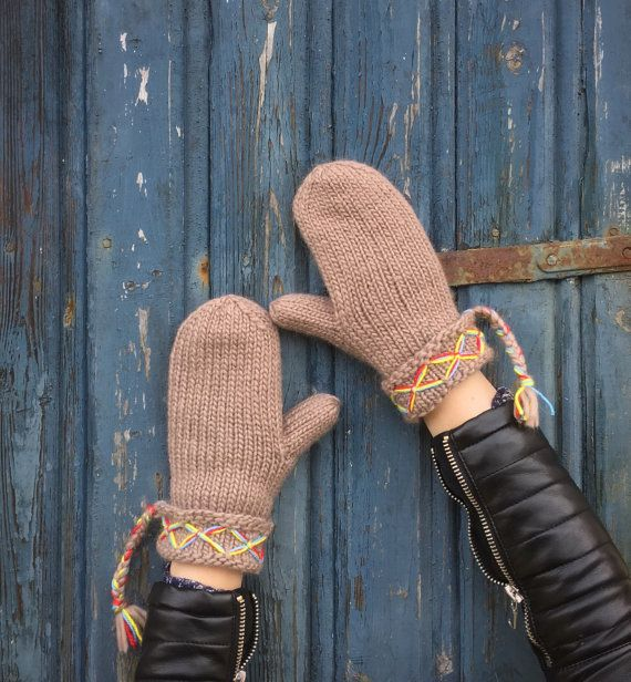Mittens+Swedish+Lovikka+mittens+traditional+by+JezebelAdrian